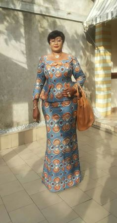 Special Ankara Materials Worn by the Typical African Mothers - WearitAfrica - African Fashion Dresses Latest African Fashion Dresses, African Print Dresses, African Print Fashion, Africa Fashion, African Dress, Ankara Fashion, African Attire, African Wear, African Women