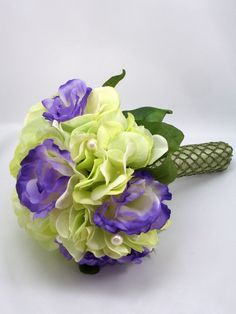 something like this...but maybe a little bit greener hydrangeas? and some yellow?