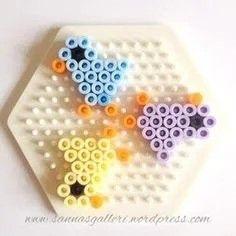 Easy Perler Bead Patterns, Melty Bead Patterns, Diy Perler Beads, Beading Patterns, Hamma Beads Ideas, Perler Bead Mario, Pearl Beads Pattern, Hama Beads Design, Peler Beads