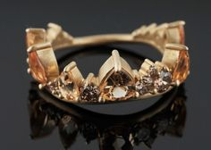 FERNANDO JORGE OF BRAZIL IMPERIAL TOPAZ AND DIAMOND 18 K GOLD 'CROWN' RING