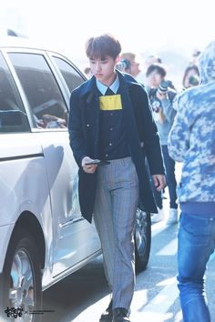 Exo | Exo-k | - D.O. DO Kyungsoo #fashion #airport #cute