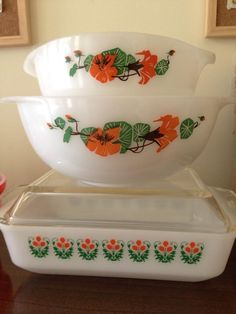 Agee Crown Pyrex