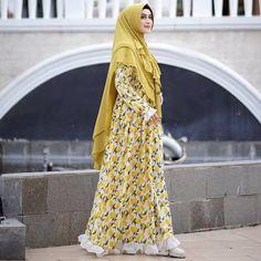 Ideas Fashion Dresses Maxi Products For 2019 Abaya Fashion, Modest Fashion, Fashion Dresses, Hipster Vintage Fashion, Muslim Dress, Islamic Fashion, Hijab Chic, Muslim Women, Colorful Fashion