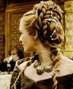 Cersei - Game of Thrones - Hair Game Of Thrones Cersei, Game Of Thrones Costumes, Cersei Lannister Aesthetic, Cercei Lannister, Queen Cersei, Cersei And Jaime, Viking Hair, Margaery Tyrell, Sansa Stark