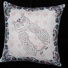 This 100% irish linen pillow cover has been hand block printed using celtic animal design - the owl - in black , red, blue and green with fabric inks- an environmentally friendly product!  The pillow cover fabric is beautiful heavy weight irish linen (480grams per metre).  The wooden blocks used fo