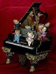 RARE 1991 Enesco Music Mice Tro Grand Piano Deluxe Action Musical | eBay