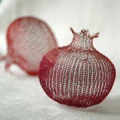 knit pomegranate ~ yooladesign