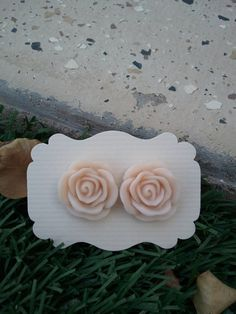Cream/Off White Rose Resin cabochons Earings  20mm by kraftychix, $5.00
