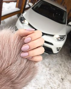 The advantage of the gel is that it allows you to enjoy your French manicure for a long time. There are four different ways to make a French manicure on gel nails. Hair And Nails, My Nails, Fall Nails, Spring Nails, Summer Nails, Cute Acrylic Nails, Cute Nails, Nagel Piercing, Popular Nail Designs