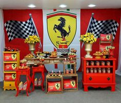 ✩ Check out this list of creative present ideas for beard lovers 2nd Birthday Party Themes, Cars Birthday Parties, Boy Birthday, Ferrari Party, Adult Party Decorations, Festa Hot Wheels, Car Themed Parties, Race Car Party, Car Themes