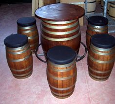 Tavolo e pouf da botti - Barrel table and pouf - Briganti srl +39 0547 310171