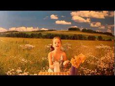 Cup song Romee in het Nederlands gezongen:)