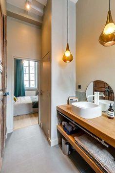 rangement interieur meuble suspendu sous vasque salle de bain