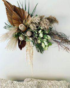 Dried Flower Wreaths, Dried Flower Bouquet, Dried Flowers, Hanging Flower Wall, Flower Wall Decor, Flower Decorations, Arte Floral, Floral Wall, Flower Installation