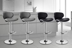 Get a pair of Miami bar stools. Made with a chrome anti-scratch finish. Choose between black cream or grey. Each with a comfortable padded seat. And an adjustable gas lift. Bar Stool Chairs, Bar Stools, Miami Bar, New Kitchen, Kitchen Ideas, Italian Style, Minimalist Design, Chrome, Black Cream