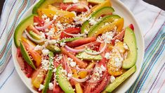 Pati shows us how to put together a quick, gorgeous salad with heirloom tomatoes, avocado slices, tangy queso fresco, and a simple vinaigrette. It is an easy. Pea Recipes, Salad Recipes, Mexican Dishes, Mexican Food Recipes, Queso Fresco Recipe, Patis Mexican Table, Avocado Salat, Salad Wraps, Great Appetizers