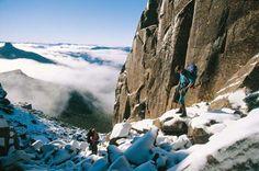 Spectacular snowfilled mountain tops @ Tasmania
