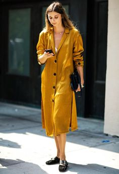 12 Outfits That Prove This Is THE Colour to Be Wearing Right Now via @WhoWhatWearUK