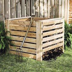 There's no question that organic compost is good for our vegetable gardens and flowerbeds, but some argue that compost bins are a big eyesore in an otherwise beautiful backyard. These six examples prove they don't have to be! If the appearance of compost bins has held you back from having one, these ideas will change your mind.