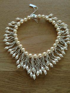 Collier tour de cou rocailles et perles nacrées