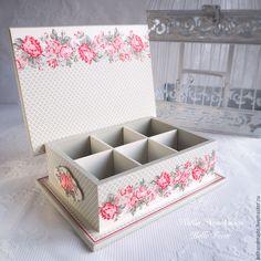 Decoupage Tutorial, Decoupage Box, Decoupage Vintage, Diy Home Crafts, Diy Home Decor, Tea Box, Victorian Decor, Wooden Jewelry Boxes, Painted Boxes