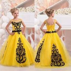 Nice 36 Totally Cute Valentine Day Dress Ideas for Baby Girl. More at https://simple2wear.com/2018/03/03/36-totally-cute-valentine-day-dress-ideas-for-baby-girl/