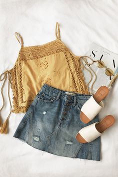 "summer outfit mustard tank denim skirt slip on sandals bohemian relax. - outfits , summer outfit mustard tank denim skirt slip on sandals bohemian relaxed classy easy girly Source by "" , "" Classy Outfits, Casual Outfits, Classy Clothes, Look Fashion, Womens Fashion, Fashion Trends, Fashion 2018, Feminine Mode, Feminine Fashion"