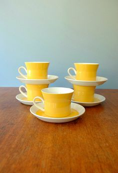 Mikasa Duplex Cups and Saucers-- Yellow and White