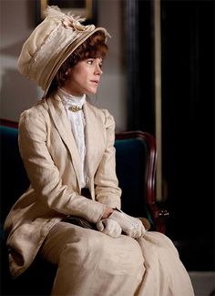 Frances O'Connor As Mrs. Selfridge's Costume of the Masterpiece Theatre's Mr. Selfridge