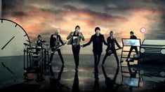 LEDApple(레드애플) _ Time is up MV I like them has soft voices, even in fast melodies. K Pop Music, New Music, Dance Videos, Music Videos, Led Apple, Sad And Lonely, Youtube I, Rock Groups, Song One