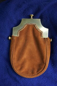Modern Brass Cantle and Suede Sporran in 18th Century style