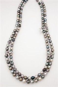 Porchet Collier en perles de Tahiti, or et diamants.