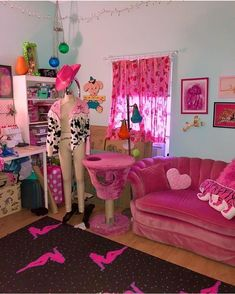 Neon Bedroom, Room Ideas Bedroom, Bedroom Couch, Home Bedroom, Bedroom Decor, Cute Room Ideas, Cute Room Decor, Retro Room, Vintage Room
