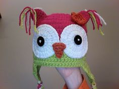 This website: http://www.crochetpatterncentral.com/directory/baby_hats.php  has links to TONS of darling free crochet pattern baby & kids hats like the hoot owl one above. Everyone's getting these as gifts this year!