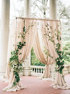 2017 Wedding Trends-Top 30 Greenery Wedding Decoration Ideas elegant greenery and blush wedding arch ideas Gold Ivory Wedding, Floral Wedding, Burgundy Wedding, Champagne And Blue Wedding, Moss Green Wedding, Wedding Altars, Wedding Rustic, Wedding Greenery, Hanging Flowers Wedding