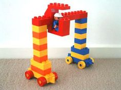 Discover Lego Duplo Ideas for Container Crane Lego Duplo Ideas, Lego Boxes, Hama Beads Minecraft, Lego Minecraft, Minecraft Pattern, Minecraft Buildings, Perler Beads, Craft Activities For Kids, Toddler Activities