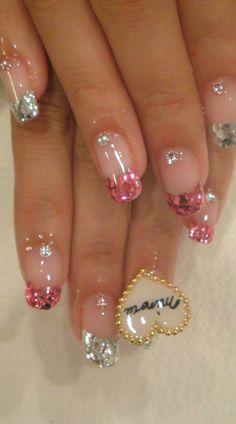 Sparkly pink nail art