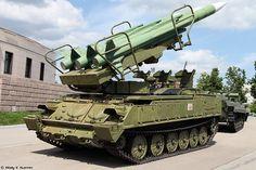 Самоходная пусковая установка 2П25М1 ЗРК Куб-М1 /2P25M1 TEL from Kub-M1 air defence system