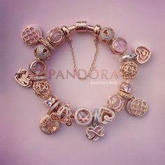 Pandora Bracelet Charms, Charm Bracelets, Pandora Jewelry, Charm Jewelry, Pandora Gold, Creative Instagram Photo Ideas, Pink Aesthetic, Jewelries, Bracelet Designs
