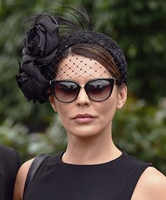 Are these the best Royal Ascot hats. From the Royals to Hollywood celebrities whose hat do you think looks best? Facinator Hats, Fascinators, Bandanas, Royal Ascot Hats, Funky Hats, Fascinator Hairstyles, Royal Clothing, Millinery Hats, Stylish Hats
