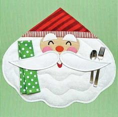 MERRY SANTA PLACEMAT AND NAPKIN PATTERN