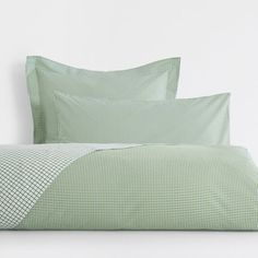 Image of the product Checked Print Reversible Bed Linen