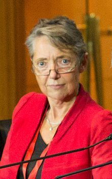 Elisabeth Borne est ministre de la transition écologique chargée des transports Elisabeth, Mai