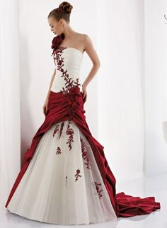 Bridal tendencies 2013: red dresses (Nicole Spose)