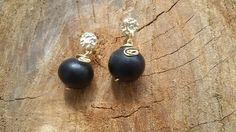 Aretes  semilla saponaria - parapara Pearl Earrings, Drop Earrings, Pearls, Jewelry, Stud Earrings, Pearl Drop Earrings, Pearl Studs, Bijoux, Drop Earring