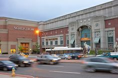 Westchester Shopping Mall, White Plains, New York