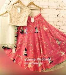 Indian Pakistani Bollywood Ethinic Party Wear Designer New Choli Wedding Lehenga Pakistani Dresses, Indian Dresses, Indian Outfits, Indian Attire, Indian Wear, Lehenga Designs, Textiles, Lehenga Choli, Plain Lehenga