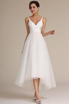 64 nejlepších obrázků z nástěnky Šaty pro nevěsty  9f8913a2749