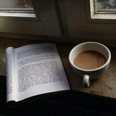 Imagem de book, coffee, and hipster