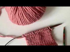udtagning i lænken på vrangsiden (der hælder mod højre, udt-h ) Knitted Fabric, Knitted Hats, Knit In The Round, Circular Needles, Stockinette, Needles Sizes, Buttonholes, Big Needle, Mittens